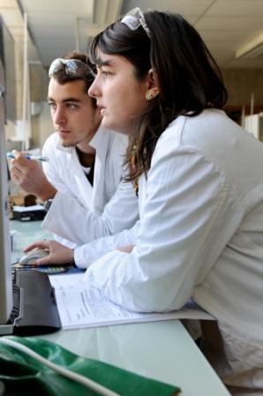 Technicien r d chimie ccmr - Grille salaire technicien de laboratoire ...